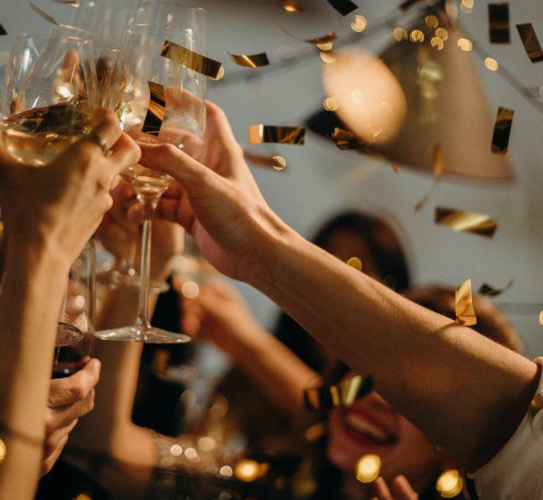 Feiern Sie mit Kollegen & Partnern